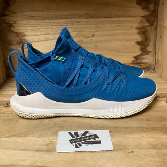 Under Armour Curry 5 Blue sneakers